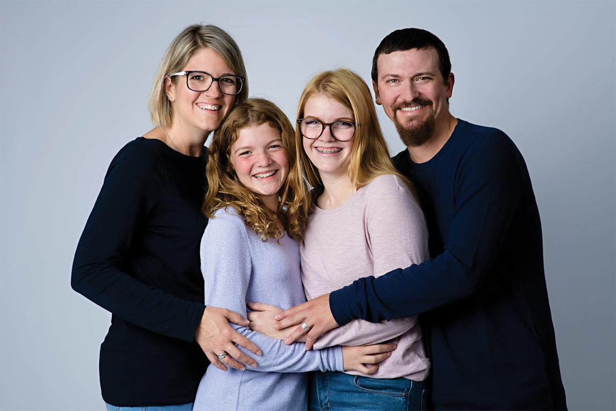 The Gearey family – mom Lisa, Teaghan, older sister Taylor, and dad Darcy
